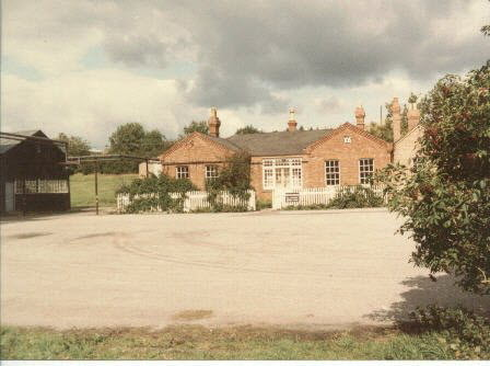 Weedon Central Stores Office Block (c1983)